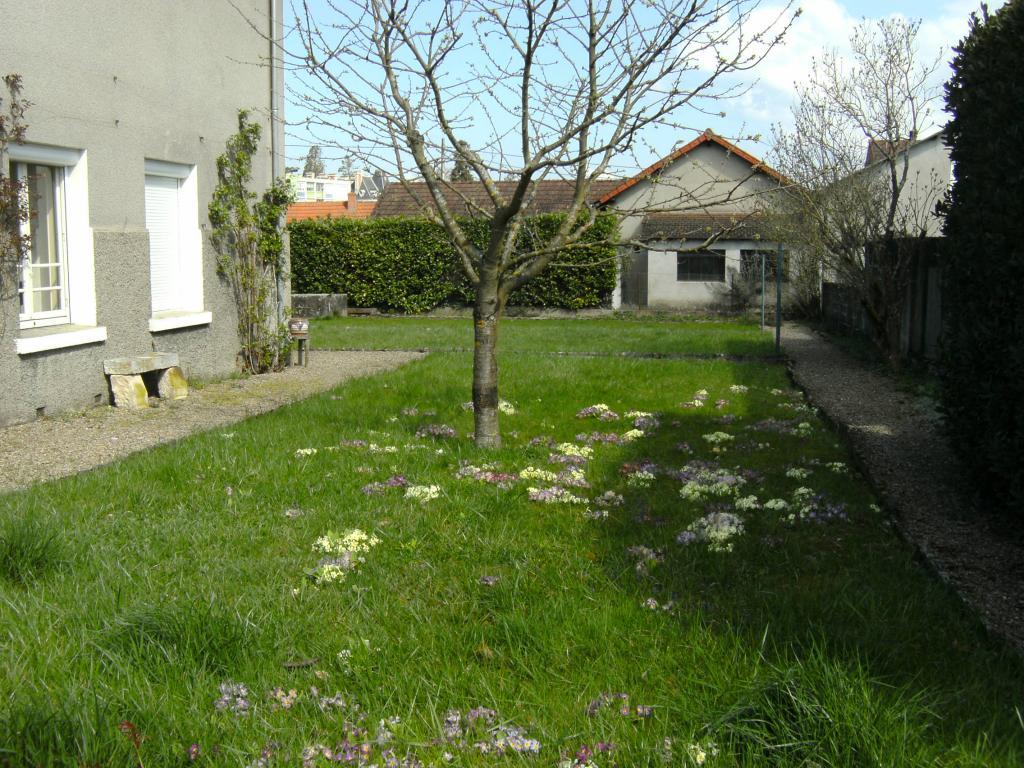 Location appartement entre particulier Neuvy-Grandchamp, de 136m² pour ce maison