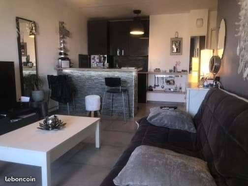 Appartement particulier à Sanary-sur-Mer, %type de 30m²