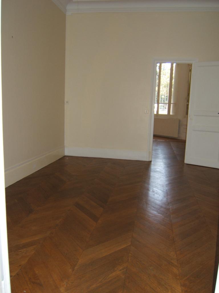 Location appartement entre particulier Dreux, appartement de 39m²