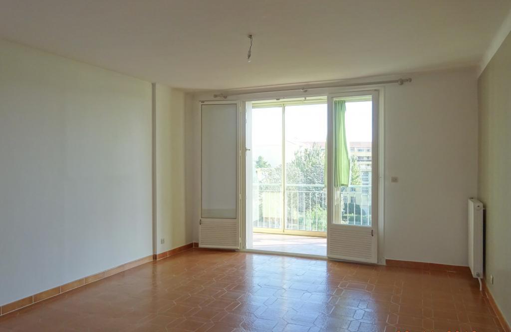 Location appartement par particulier, appartement, de 66m² à Adrets-de-l'Estérel