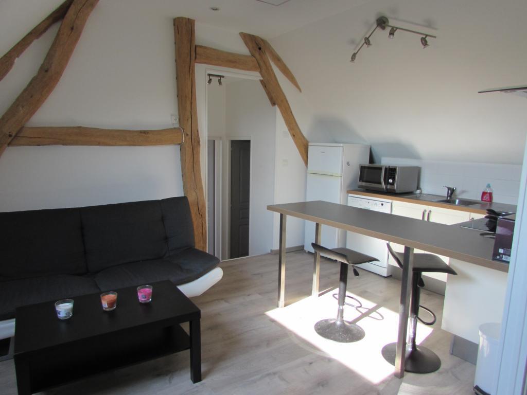 Particulier location Bézu-la-Forêt, appartement, de 45m²
