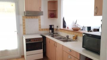 Location appartement entre particulier Camaret-sur-Aigues, de 131m² pour ce maison