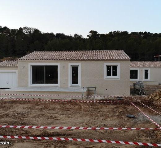 Particulier location, maison, de 92m² à Vénéjan