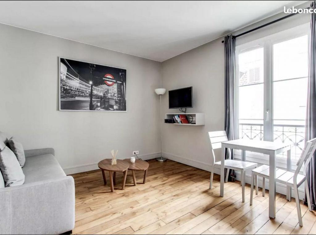 Particulier location Paris 07, studio, de 20m²