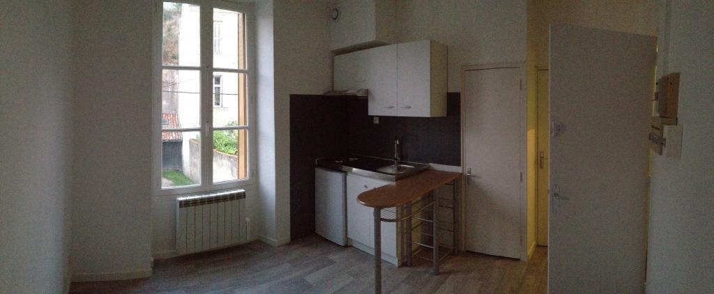 Location appartement par particulier, studio, de 15m² à Poitiers