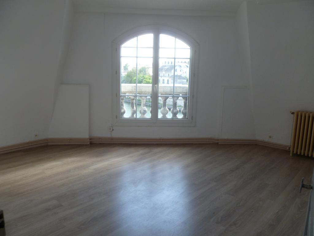 Location appartement entre particulier Soissons, appartement de 85m²