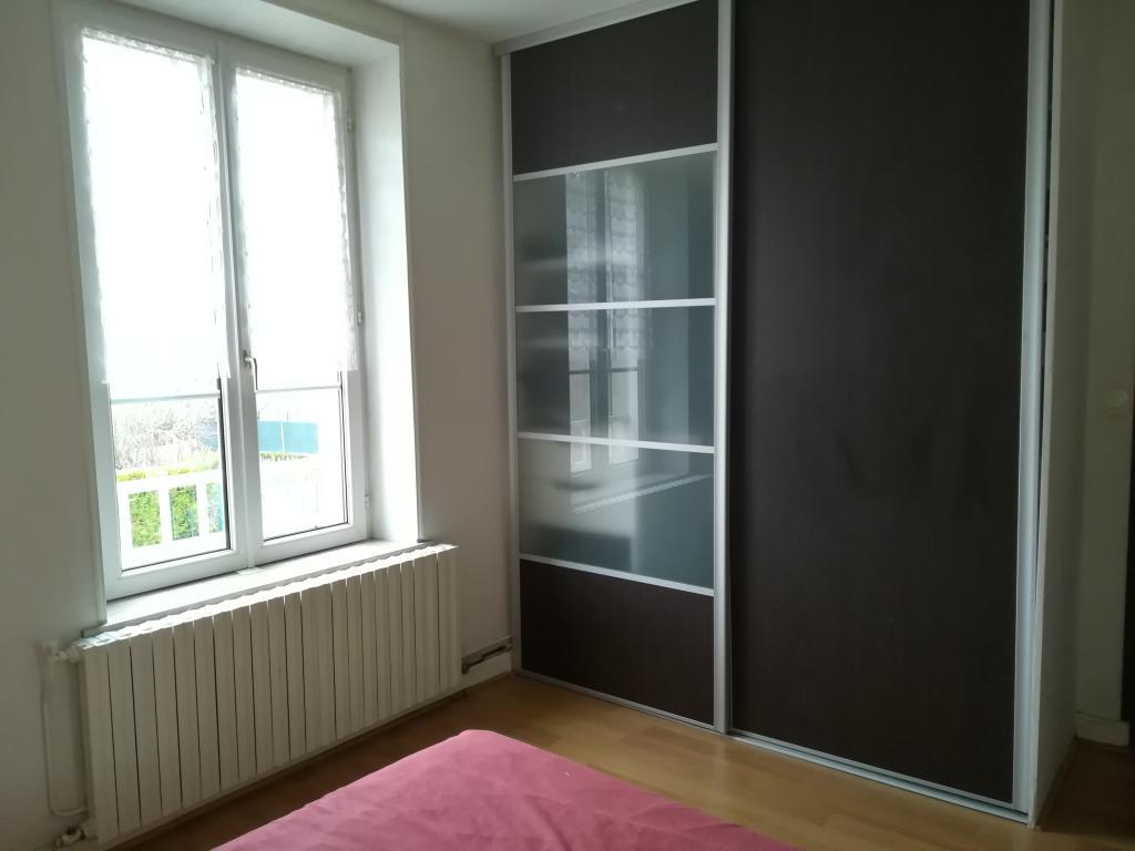 Location immobilière par particulier, Saint-Julien-sous-les-Côtes, type appartement, 44m²