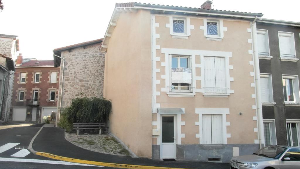 Entre particulier à Saint-Jeures, appartement, de 102m² à Saint-Jeures