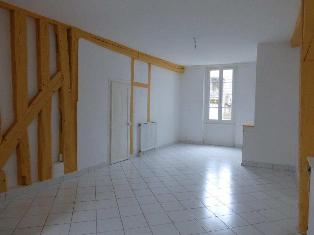 Location de particulier à particulier à Auxerre, appartement appartement de 65m²