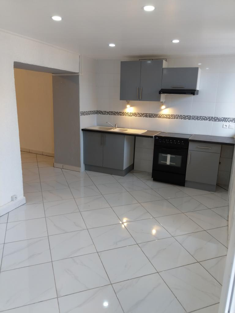 De particulier à particulier , appartement, de 65m² à Saint-Privat-des-Vieux