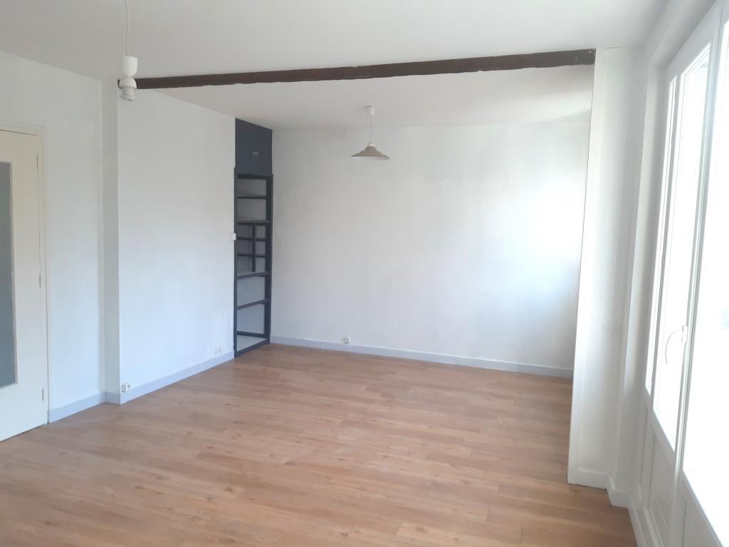 Appartement particulier, appartement, de 69m² à Arnas