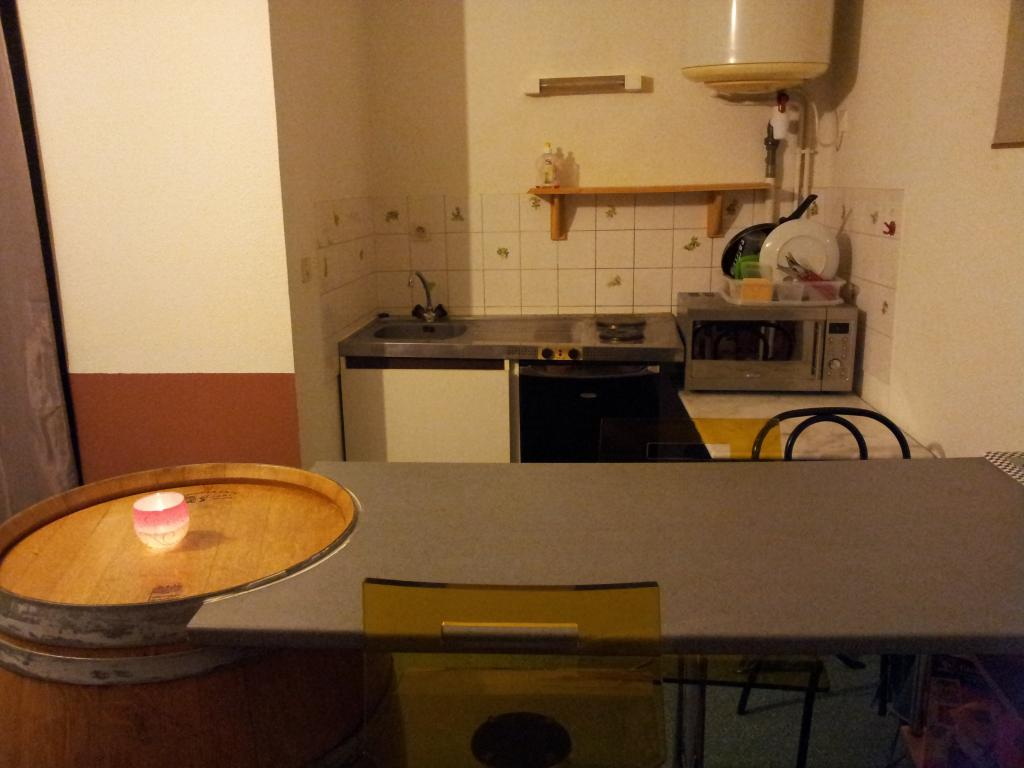 Particulier location Cellule, appartement, de 25m²