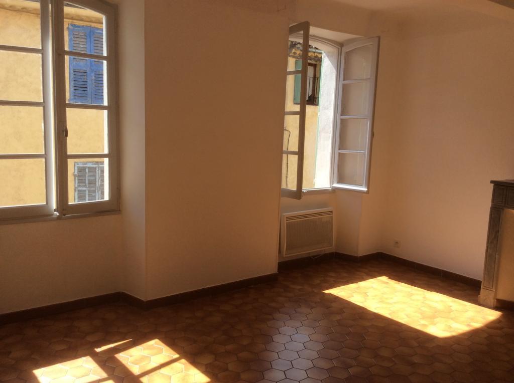 De particulier à particulier, appartement à Trans-en-Provence, 48m²