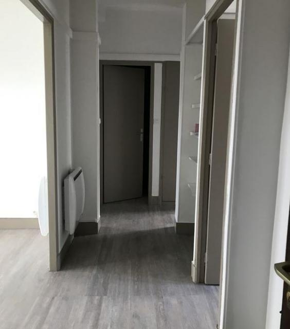 location appartement arles de particulier particulier. Black Bedroom Furniture Sets. Home Design Ideas