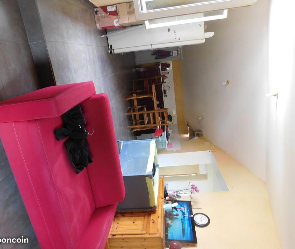 Location appartement entre particulier Villes-sur-Auzon, appartement de 85m²