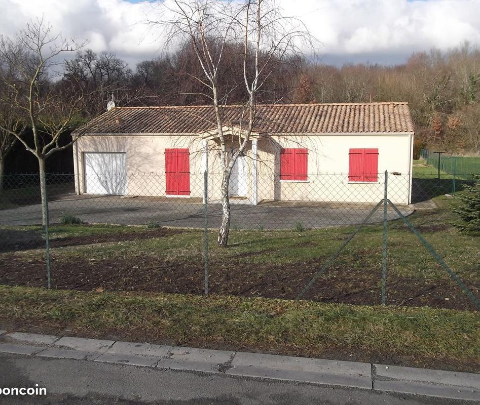 Location particulier Saint-Sever-de-Saintonge, maison, de 90m²