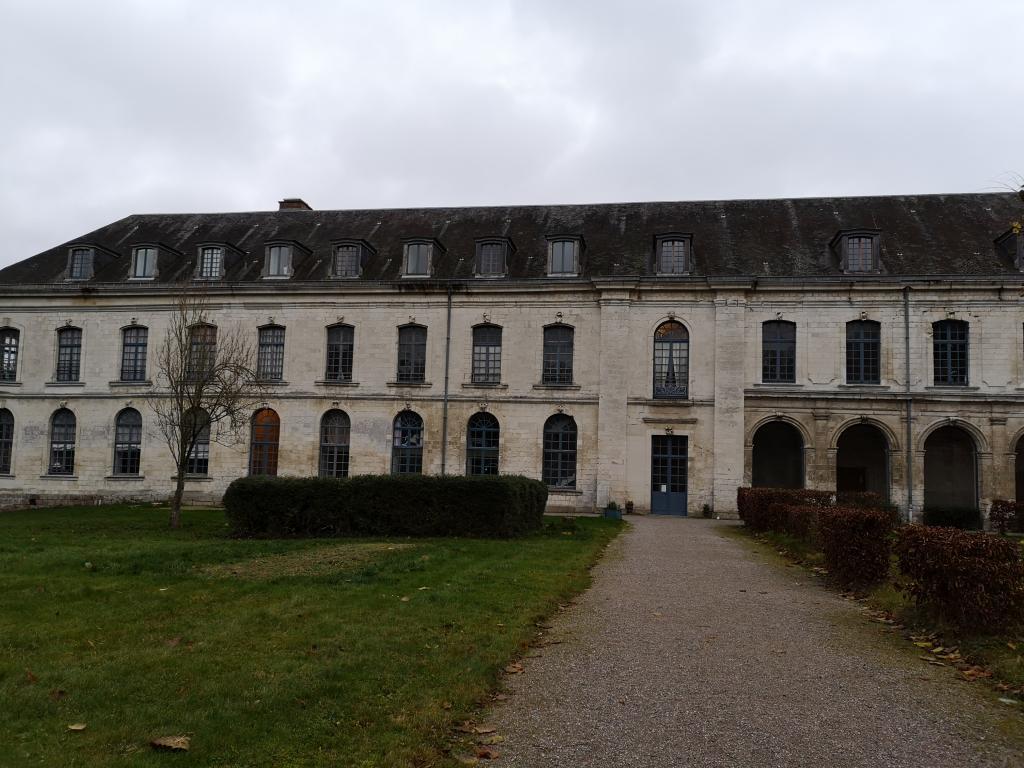 Location particulier à particulier, appartement à Crouy-Saint-Pierre, 100m²