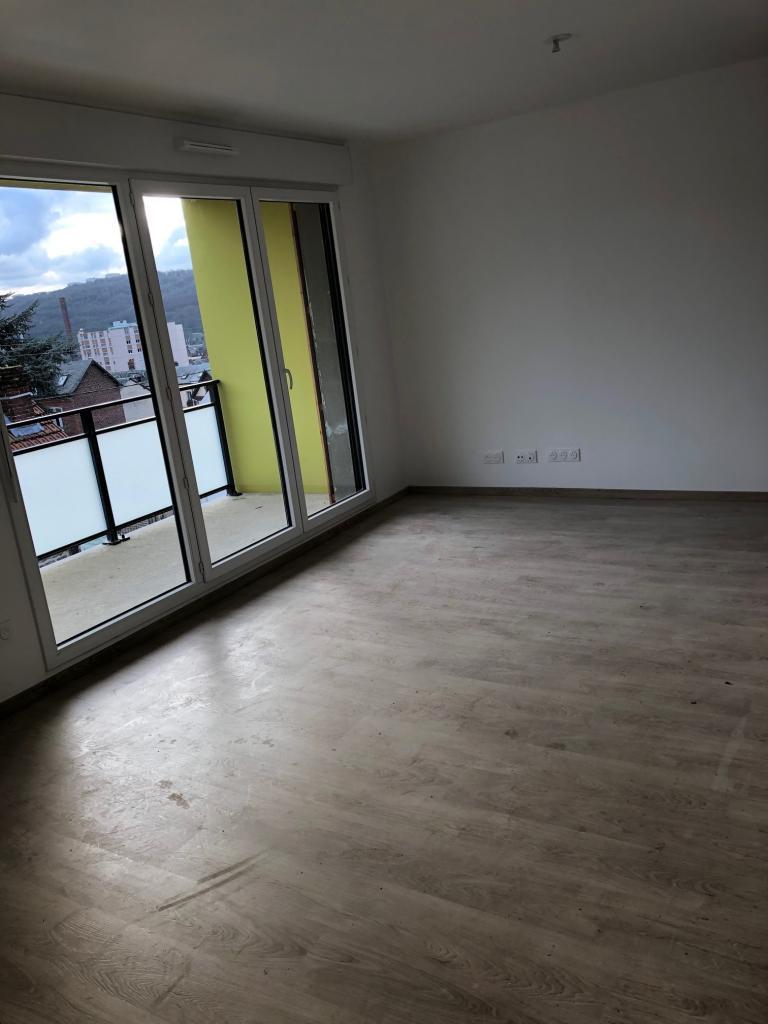 Appartement particulier à Déville-lès-Rouen, %type de 62m²