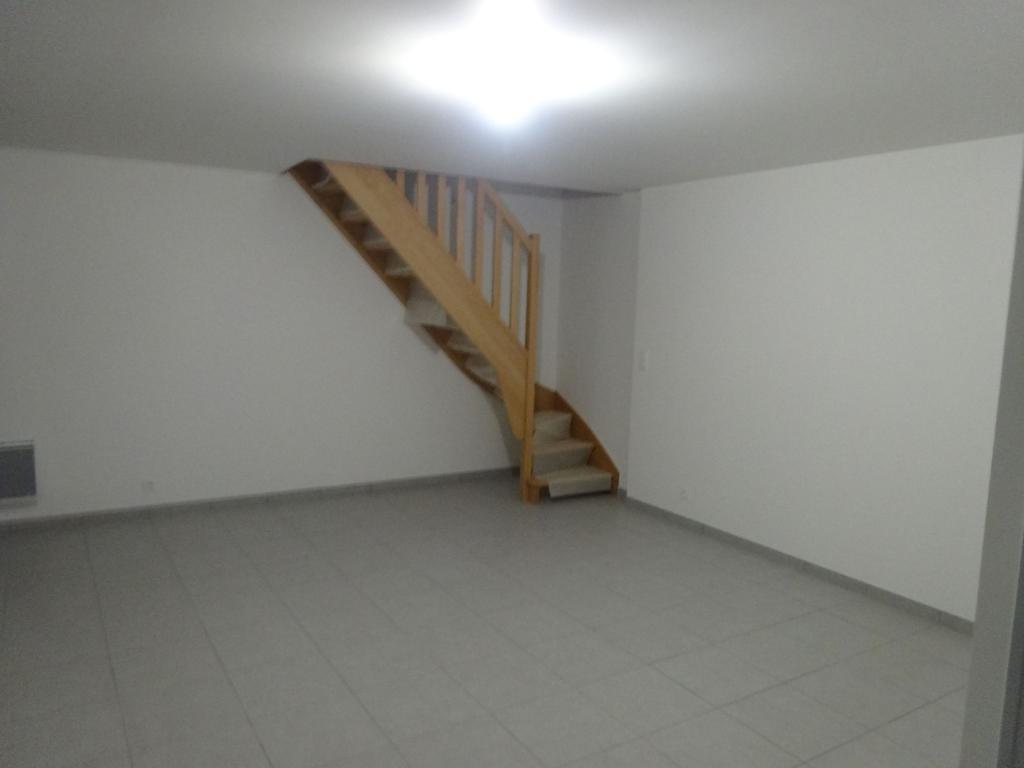 Appartement particulier, appartement, de 64m² à Annoville