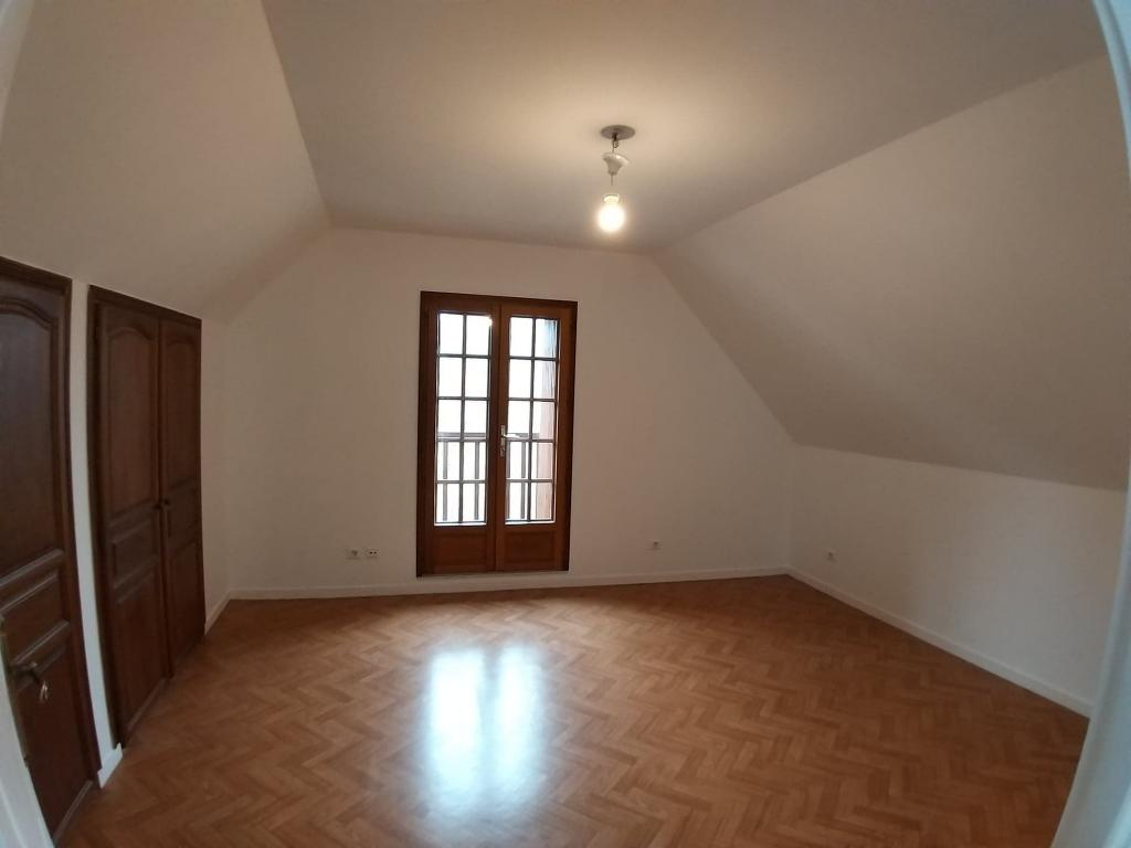 Appartement particulier à Savonnières, %type de 90m²