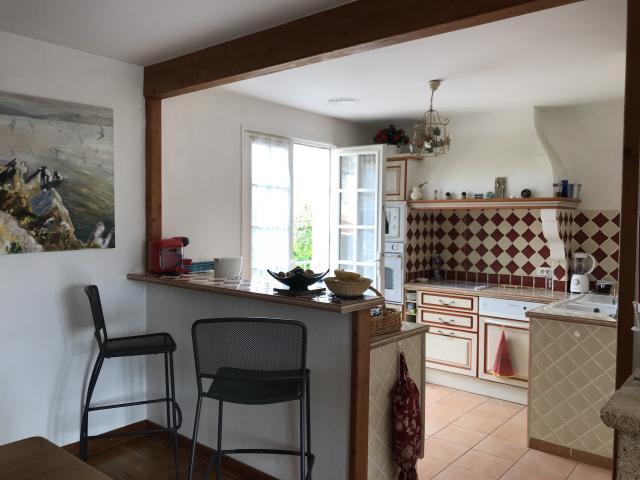 location maison valras plage entre particuliers. Black Bedroom Furniture Sets. Home Design Ideas