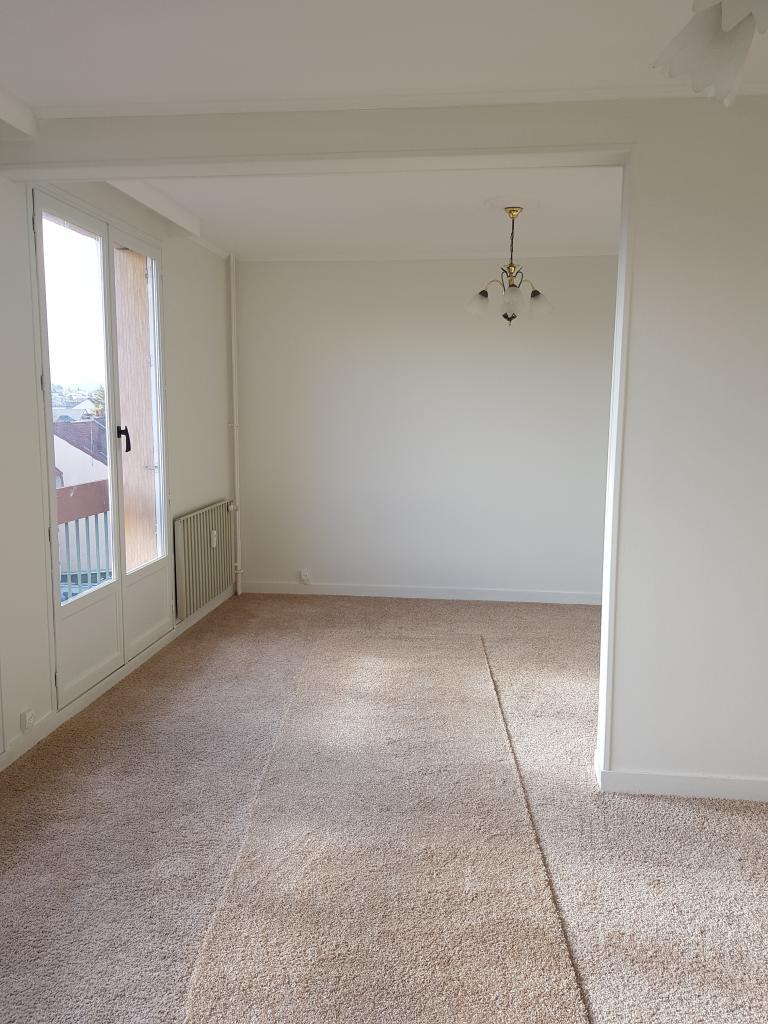 Appartement particulier à Montluçon, %type de 72m²