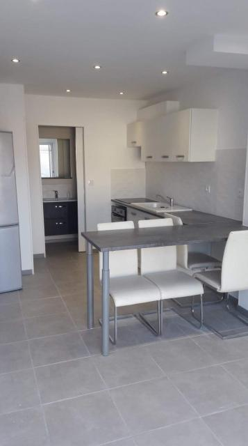 Location appartement T2 Peypin - Photo 1
