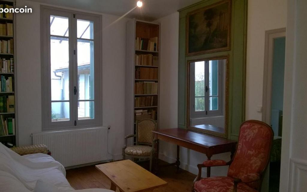 De particulier à particulier, maison, de 75m² à Saint-Laurent-de-la-Prée