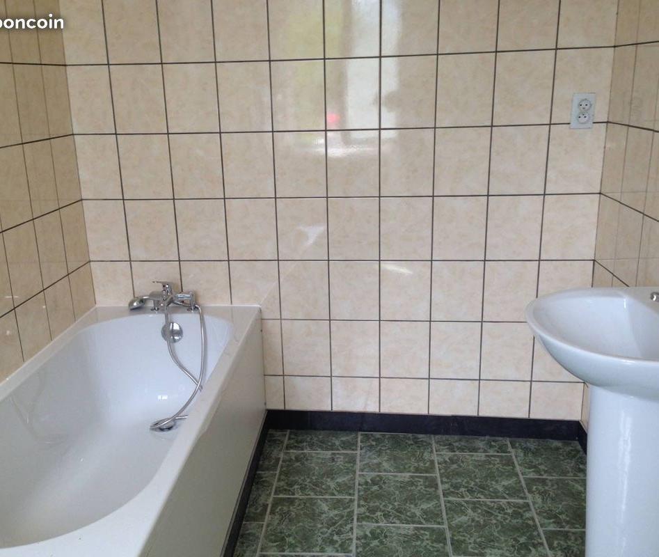 Appartement particulier à Denain, %type de 100m²