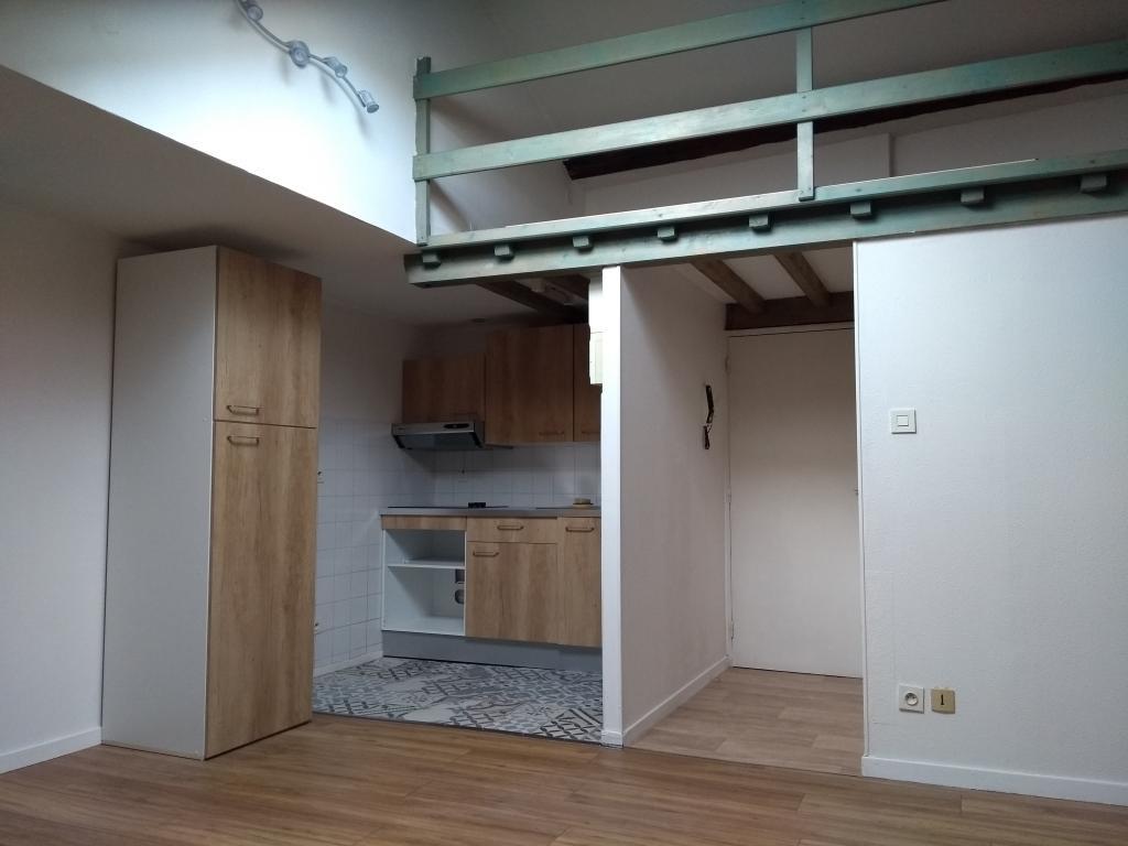 Location de particulier à particulier à Boulieu-lès-Annonay, appartement studio de 23m²