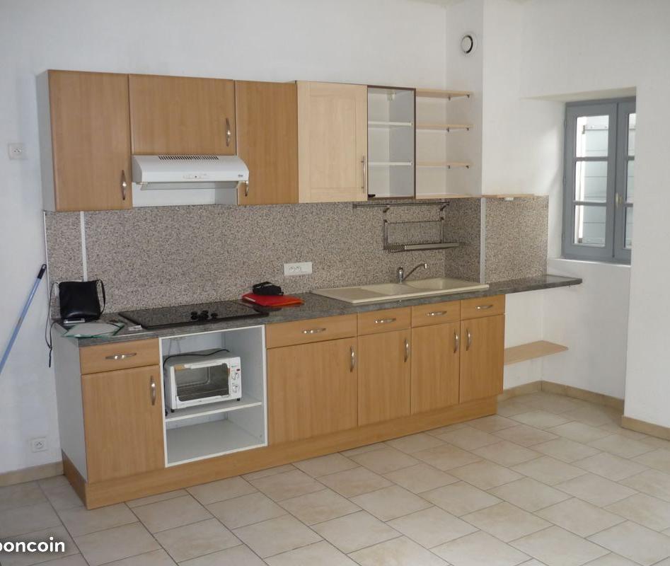 Location de particulier à particulier, appartement, de 68m² à Jonquières-Saint-Vincent