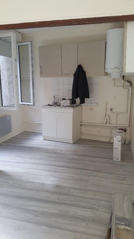 Location de particulier à particulier à Vaux-le-Pénil, appartement appartement de 17m²