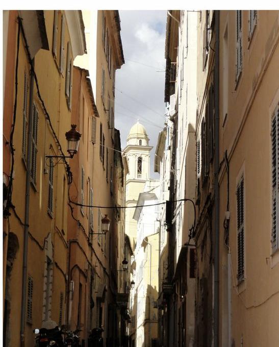 De particulier à particulier, appartement, de 50m² à Santa-Maria-di-Lota