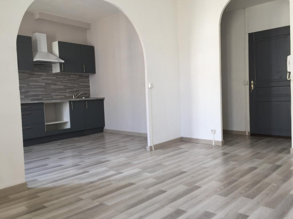 Location particulier à particulier, appartement à Félines-Minervois, 58m²