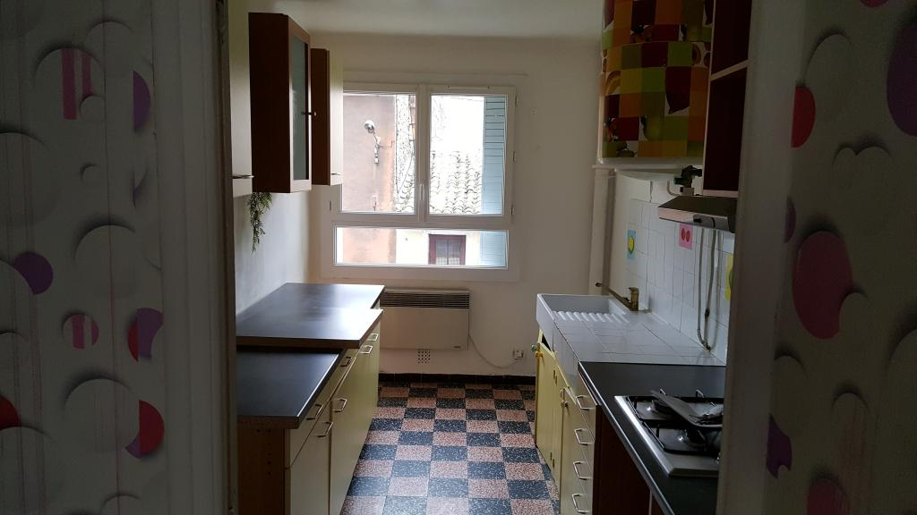 Location appartement entre particulier Bollène, de 70m² pour ce appartement