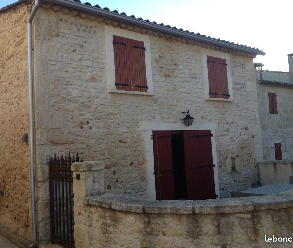 De particulier à particulier Jonquières-Saint-Vincent, appartement maison, 111m²