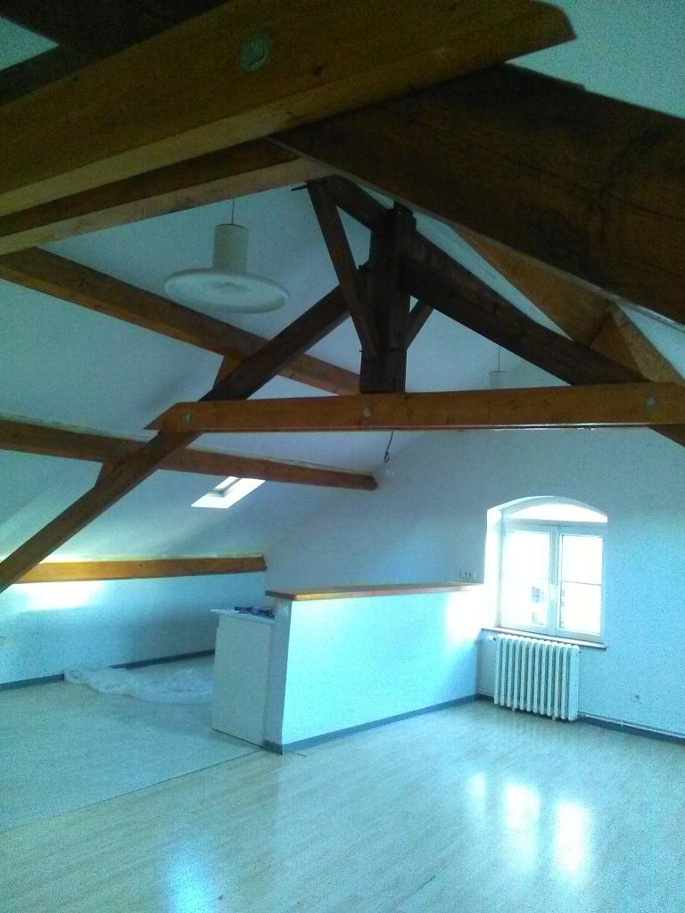 Location de particulier à particulier, appartement, de 65m² à Bussu