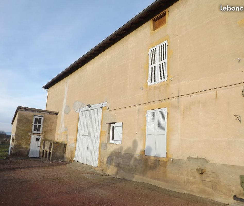 De particulier à particulier Saint-Pierre-la-Noaille, appartement maison, 145m²