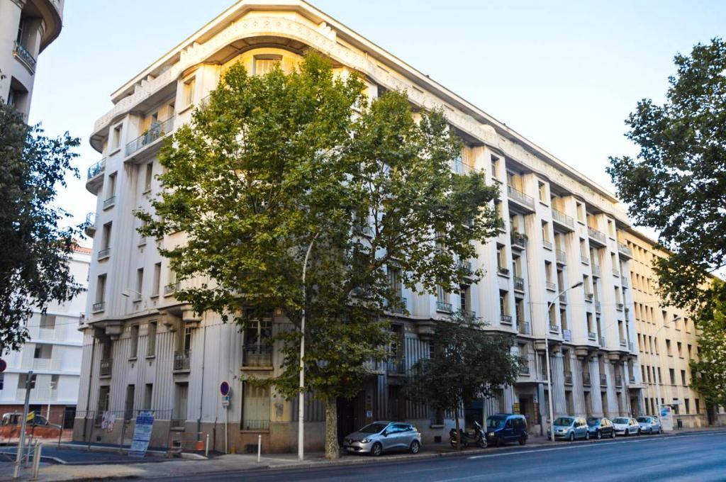 Entre particulier , chambre, de 9m² à Toulon
