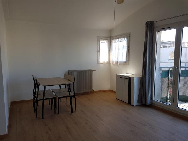 Location appartement T2 Savigny le Temple - Photo 2