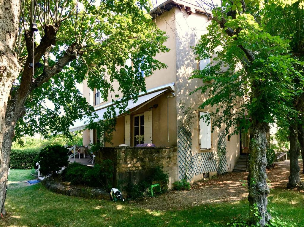 Location appartement entre particulier Marcilly-d'Azergues, maison de 170m²