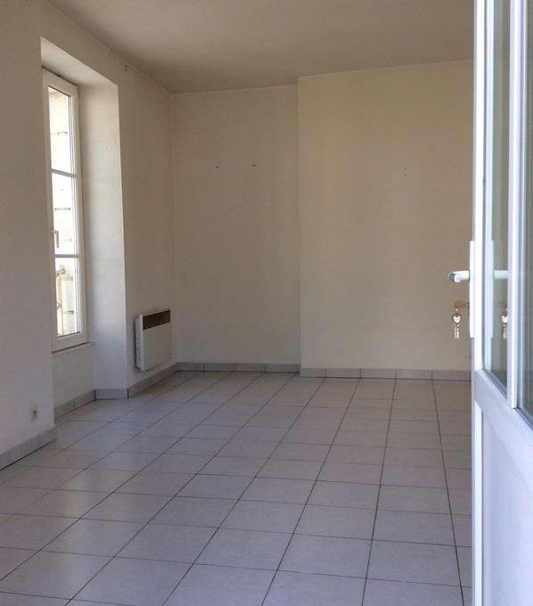Location particulier Fontaine-Milon, appartement, de 50m²