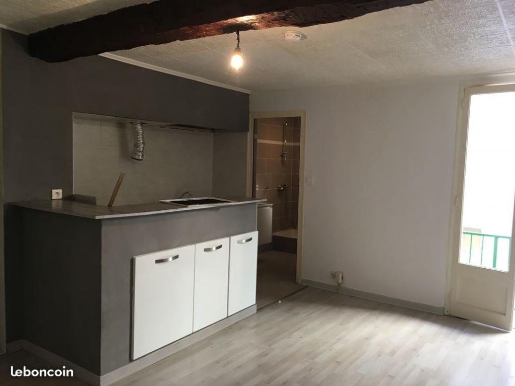 Location appartement par particulier, studio, de 26m² à Évenos