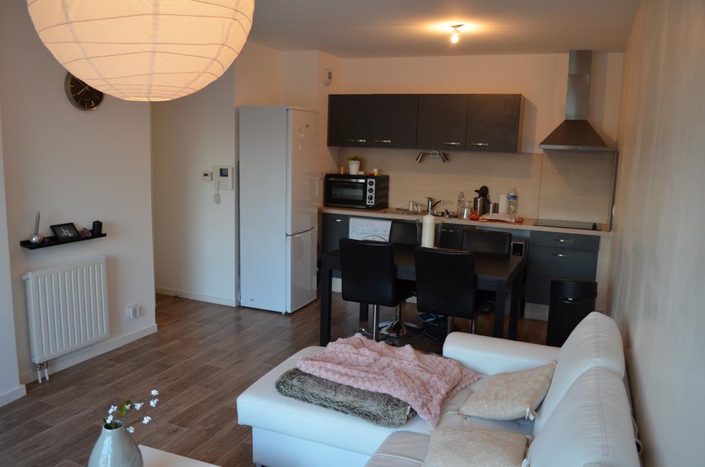 Appartement particulier, appartement, de 54m² à Séné