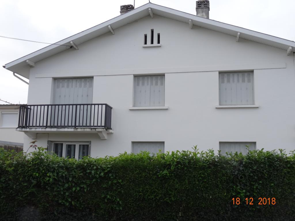 Appartement particulier, appartement, de 67m² à Sère-Lanso