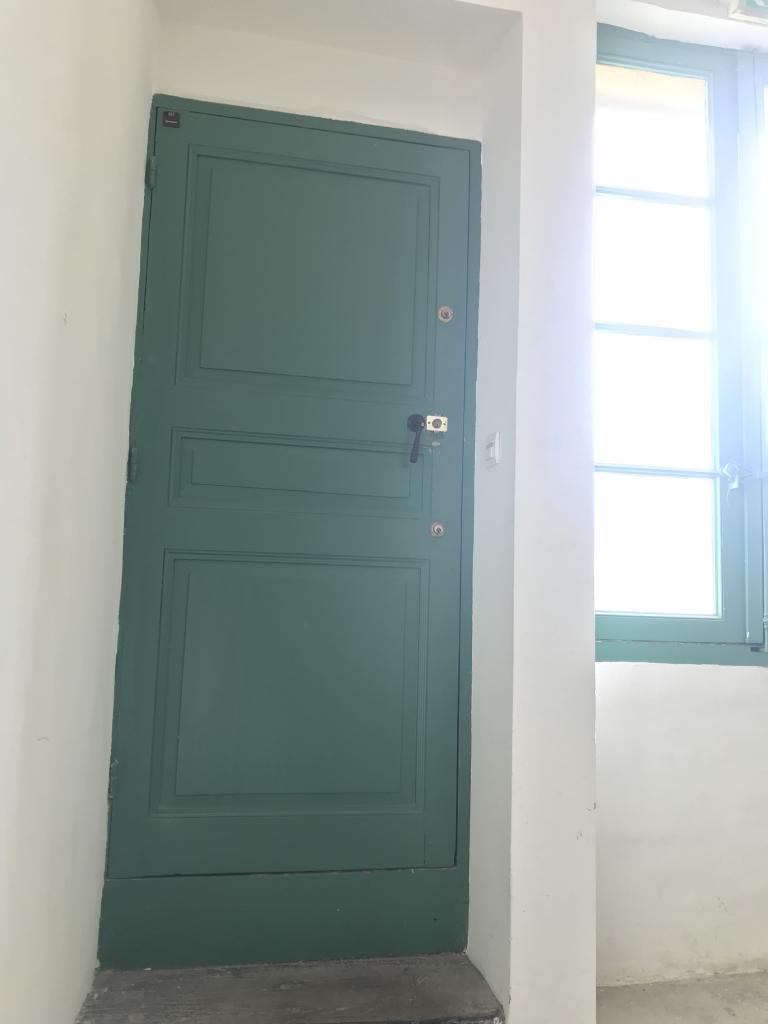De particulier à particulier, studio, de 23m² à Arles