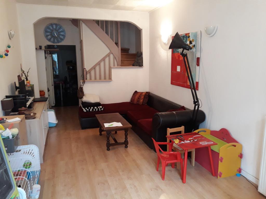 Appartement particulier à Courcoury, %type de 66m²