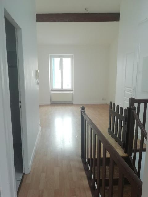 Location appartement T2 Amberieu en Bugey - Photo 4