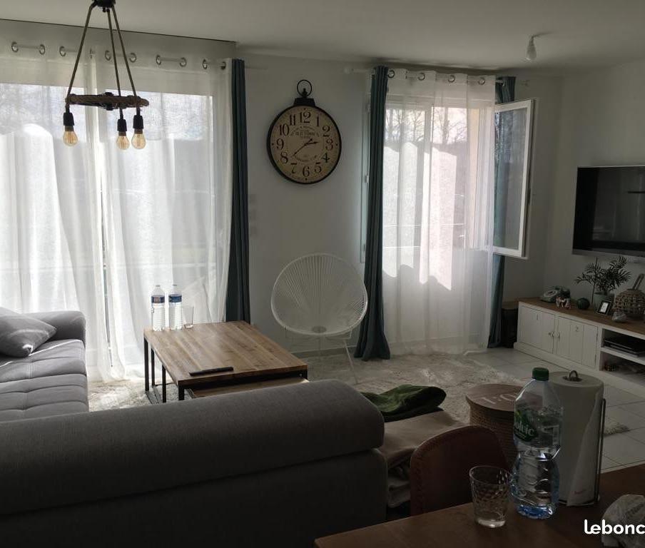 Location appartement par particulier, appartement, de 60m² à Four
