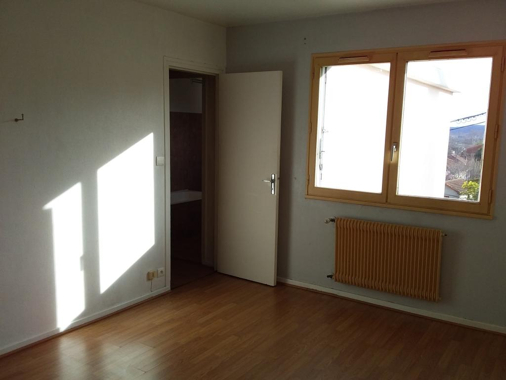 Location appartement entre particulier Ucel, appartement de 45m²